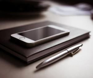 Top 5 Applications To Manage Finances Using A Smartphone