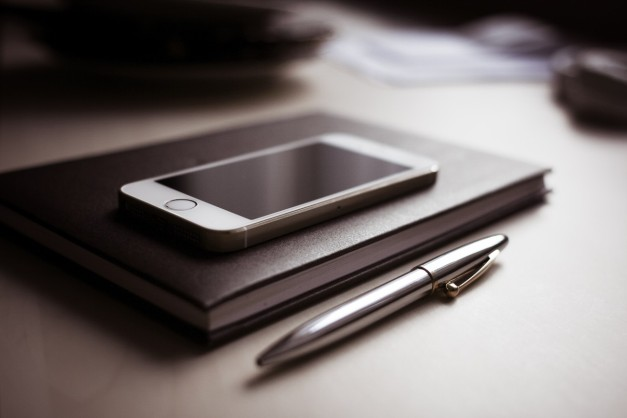 Top 5 apps for managing finances on smartphones